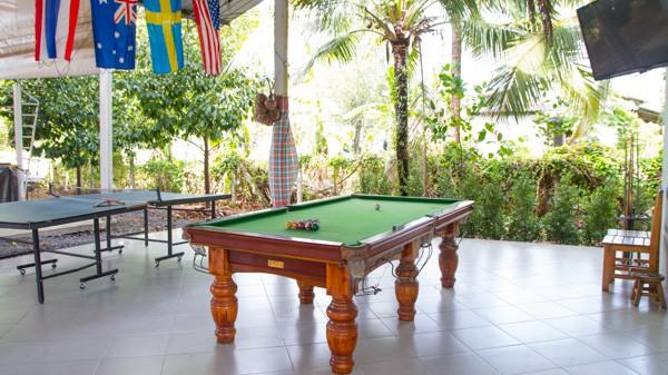 Pool & Table Tennis
