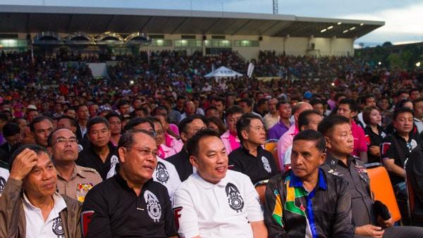 Thai Fight Audience