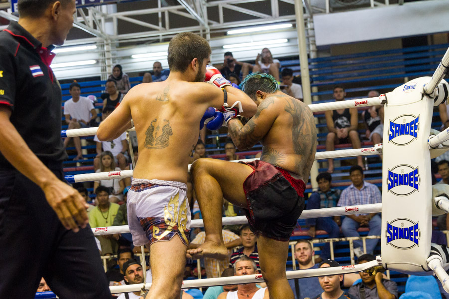 VIDEO | Michalis Sumalee Round 4 TKO at Bangla Boxing Stadium