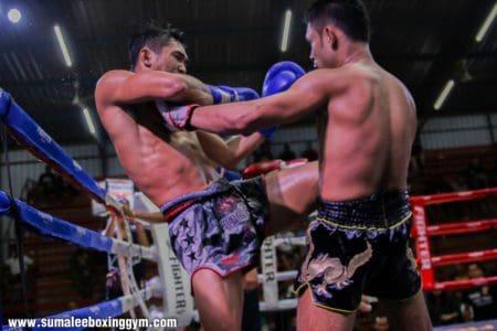 Phunkorn - Left Knee versus Torkeb Sinbi Muay Thai