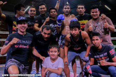 Team Sumalee Celebrating the win over Torkeb Sinbi Muay Thai